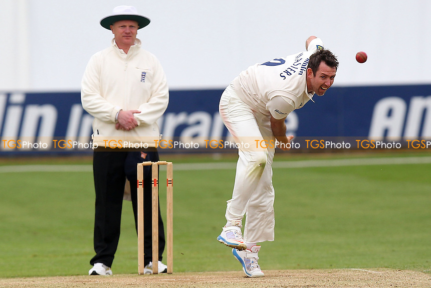 David Masters in bowling action for Essex - Essex CCC vs Kent CCC - Pre-Season Friendly Cricket Match at the Essex County Ground, Chelmsford - 04/04/14 - MANDATORY CREDIT: Gavin Ellis/TGSPHOTO - Self billing applies where appropriate - 0845 094 6026 - contact@tgsphoto.co.uk - NO UNPAID USE