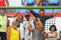 RIO DE JANEIRO, RJ, 10 DE MARCO 2012 - CAMPEONATO CARIOCA - 3a RODADA - TACA RIO - BOTAFOGO X BANGU - Marinho, ex jogador de Bangu e Botafogo, antes da partida entre as duas equipes, pela 3a rodada da Taca Rio, no estadio Proletario, Bangu, na cidade do Rio de Janeiro, neste sabado, 10. FOTO BRUNO TURANO  BRAZIL PHOTO PRESS