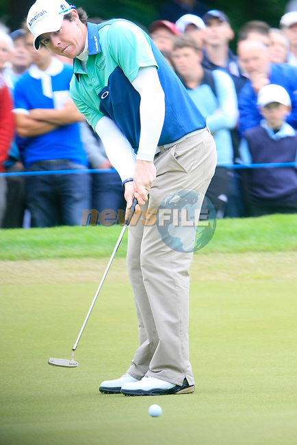 Rory McIlroy (NIR) putts on the 5th green during Day 3 of the BMW PGA Championship Championship at, Wentworth Club, Surrey, England, 28th May 2011. (Photo Eoin Clarke/Golffile 2011)