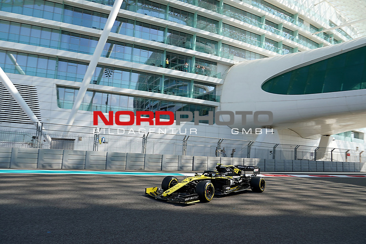 29.11.2019, Yas Marina Circuit, Abu Dhabi, FORMULA 1 ETIHAD AIRWAYS ABU DHABI GRAND PRIX 2019<br />, im Bild<br />Nico Hülkenberg (GER#27), Renault F1 Team<br /> <br /> Foto © nordphoto / Bratic