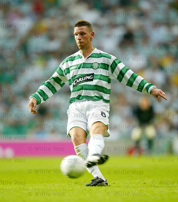 Alan Thompson, Celtic.Stock season 2003-04..pic willie vass