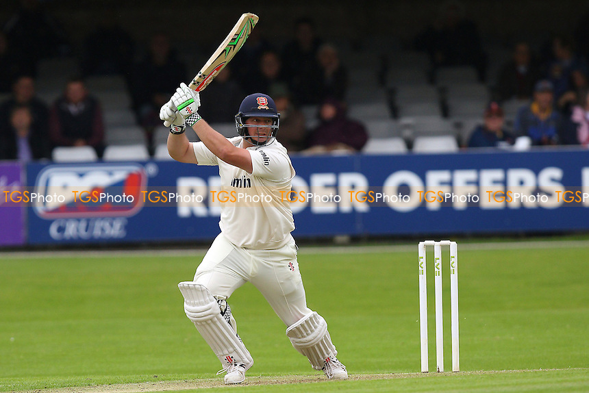 Jesse Ryder hits four runs for Essex - Essex CCC vs Leicestershire CCC - LV County Championship Division Two Cricket at the Essex County Ground, Chelmsford, Essex - 31/05/15 - MANDATORY CREDIT: Gavin Ellis/TGSPHOTO - Self billing applies where appropriate - contact@tgsphoto.co.uk - NO UNPAID USE