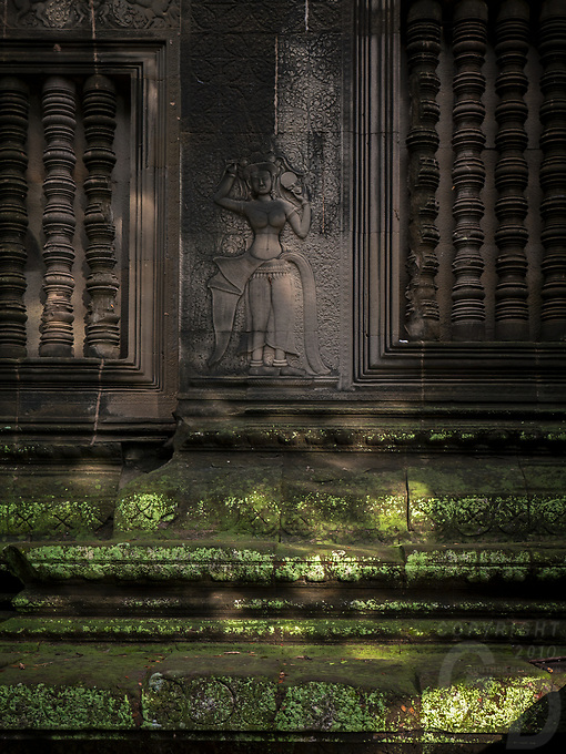 APSARA figurine, Angkor Wat at the outer wall area, Cambodia