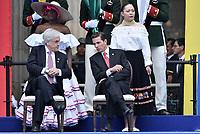 BOGOTÁ - COLOMBIA, 07-08-2018: Sebastian Piñera, presidente de Chile y Enrique Peña Nieto, presidente de Mexico, durante la ceremonia de juramento en donde Ivan Duque, toma posesión como presidente de la República de Colombia para el período constitucional 2018 - 22 en la Plaza Bolívar el 7 de agosto de 2018 en Bogotá, Colombia. / Sebastian Piñera, president of Chile and Enrique Peña Nieto, president of Mexico,  during the swearing ceremony where Ivan Duque, takes office to constitutional term as president of the Republic of Colombia 2018 - 22 at Plaza Bolivar on August 7, 2018 in Bogota, Colombia. Photo: VizzorImage/ Gabriel Aponte / Staff