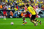 13.08.2014, Signal Iduna Park , Dortmund, GER, DFL-Supercup, Borussia Dortmund vs. FC Bayern Muenchen / M&uuml;nchen, im Bild: Robert Lewandowski #9 (FC Bayern M&uuml;nchen / Muenchen) wird von Sebastian Kehl #5 (Borussia Dortmund) und Sokratis Papastathopoulos #25 (Borussia Dortmund) in die Zange genommen. Aktion, Action Querformat<br /> <br /> Foto &copy; nordphoto / Grimme