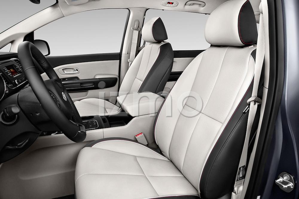 Front seat view of 2015 KIA Sedona EX 5 Door Minivan Front Seat car photos