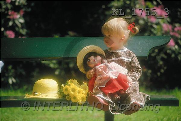 Interlitho, CHILDREN, photos, girl, bank, doll(KL1755/3,#K#) Kinder, niños