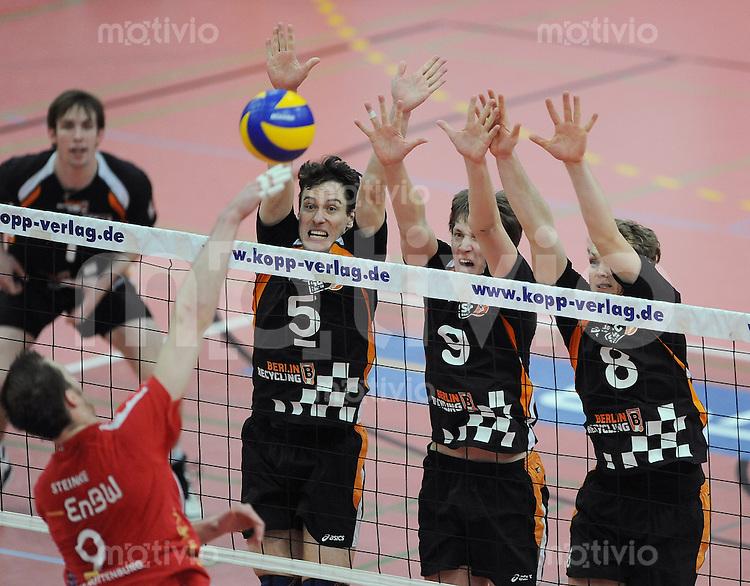 Volleyball  1. Bundesliga   2009/2010  20.01.2010 ENBW TV Rottenburg - SSC Berlin SSC Berlin Block, Jaroslav Skach, Ricaardo Galandi,  und Janis Smedins (v.li.)