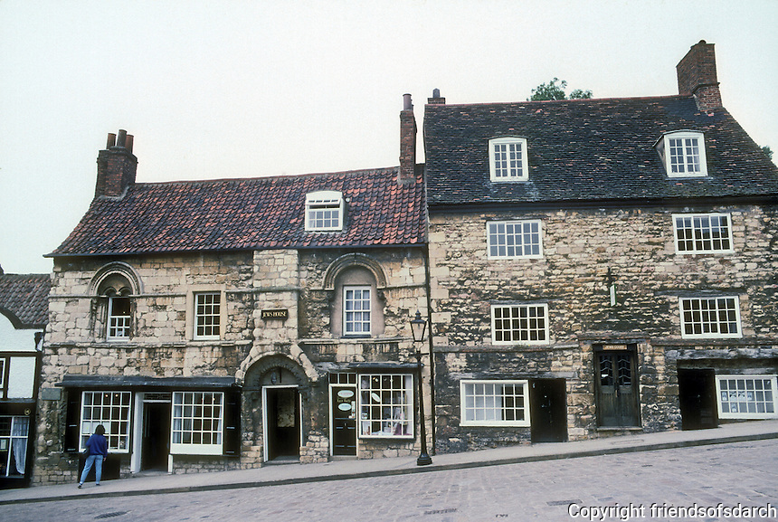 Lincoln: 12th century houses, Steep Hill. Jew's House and Jew's Court, 1170-1180. Photo '90.