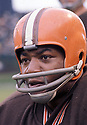 Cleveland Browns Jim Brown (32) during a game from his 1963 season with the Browns.  Jim Brown played for 9 years, all with the Browns. Jim Brown was a 9-time Pro Bowler and was inducted to the Pro Football Hall of Fame in 1971.