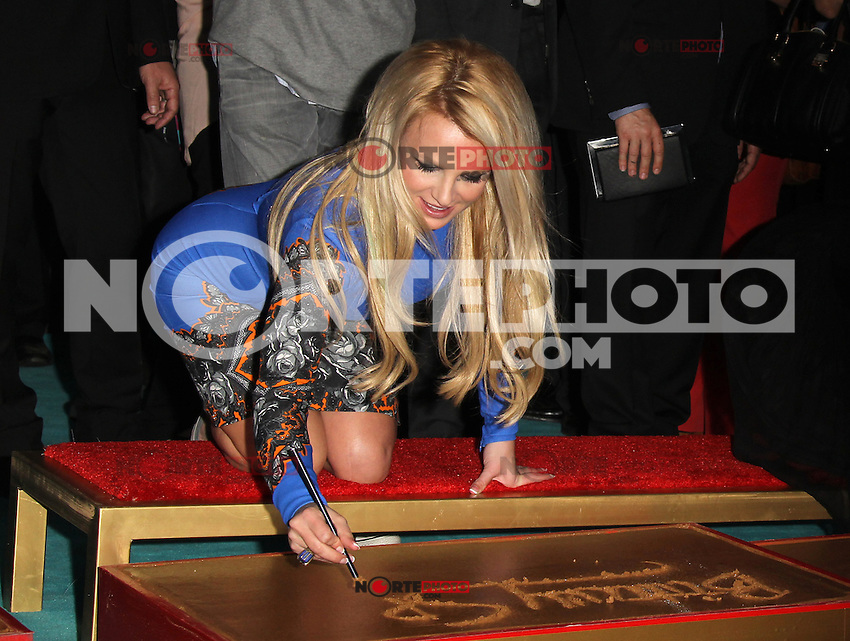 HOLLYWOOD, CA - SEPTEMBER 11: Britney Spears at 'The X Factor' Season 2 Premiere Party at Grauman's Chinese Theatre on September 11, 2012 in Hollywood, California. &copy;&nbsp;mpi20/MediaPunch Inc /NortePhoto.com<br />