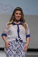 SAO PAULO, SP, 21.07.2013 - FWPS - VERÃO 2013/14 -  Modelo durante desfile da grife Chica Vaidosa no Fashion Weekend Plus Size no Memorial da América Latina região oeste de São Paulo, neste domingo, 21 (Foto: Vanessa Carvalho / Brazil Photo Press).