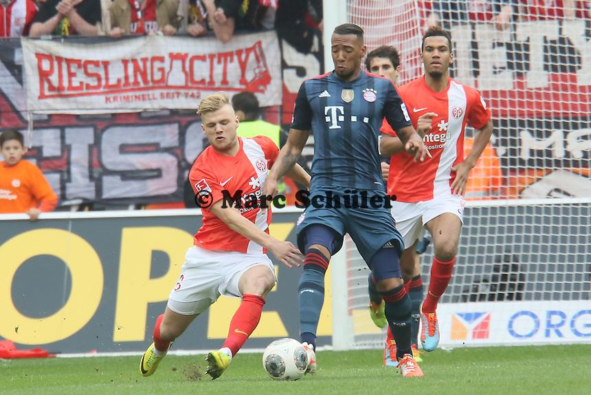 Johannes Geis (Mainz) gegen Jerome Boateng (Bayern) - 1. FSV Mainz 05 vs. FC Bayern München, Coface Arena, 26. Spieltag