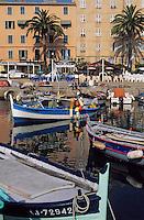 France/Corse/Corse-du-Sud/2A/Ajaccio: Bateaux sur le port