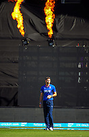 James Anderson prepares to bowl during the ICC Cricket World Cup one day pool match between the New Zealand Black Caps and England at Wellington Regional Stadium, Wellington, New Zealand on Friday, 20 February 2015. Photo: Dave Lintott / lintottphoto.co.nz
