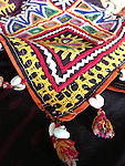 ANTIQUE TEXTILE EMBROIDERY ABOCHINI SHAWL