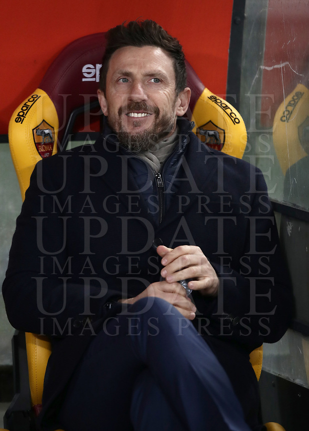 Football, Serie A: AS Roma - Genoa, Olympic stadium, Rome, December 16, 2018. <br /> Roma's coach Eusebio Di Francesco prior to the Italian Serie A football match between Roma and Genoa at Rome's Olympic stadium, on December 16, 2018.<br /> UPDATE IMAGES PRESS/Isabella Bonotto
