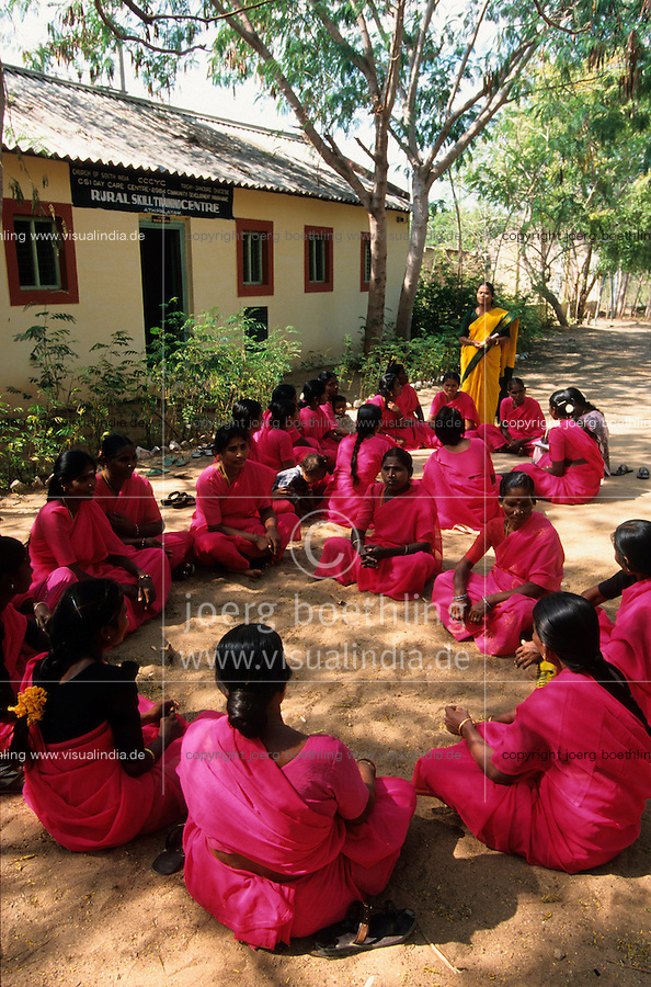 "Asien Indien IND Tamil Nadu .NGO organisiert Dalit Frauen f?r Bildung Rechte Kreditvergabe - Frauenbewegung Frau Frauen Frauenorganisation organisieren Solidarit?t NGO Bewegung sozial Kleinstkredit finanzieren Finanzierung Hilfe Armutsbek?mpfung Armut Einkommen l?ndliche Entwicklung Entwicklungspolitik Entwicklungshilfe Kastensystem Kaste Kasten Kastenlose Dalits xagndaz | .Asia India Tamil Nadu .dalit women organisation and rural bank for dalit women like the Grameen model - woman organization NGO movement social conflict save savings microcredit micro credit loan money income interest aid fight against poverty saving book rural development solidarity finance financial caste system untouchable outcaste .| [copyright  (c) agenda / Joerg Boethling , Veroeffentlichung nur gegen Honorar und Belegexemplar an / royalties to: agenda  Rothestr. 66  D-22765 Hamburg  ph. ++49 40 391 907 14  e-mail: boethling@agenda-fototext.de  www.agenda-fototext.de  Bank: Hamburger Sparkasse BLZ 200 505 50 kto. 1281 120 178  IBAN: DE96 2005 0550 1281 1201 78 BIC: ""HASPDEHH""] [#0,26,121#]"