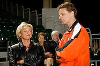 5-4-07, England, Birmingham, Tennis, Daviscup England-Netherlands, Jan Siemerink is interviewd bij Sue Barker
