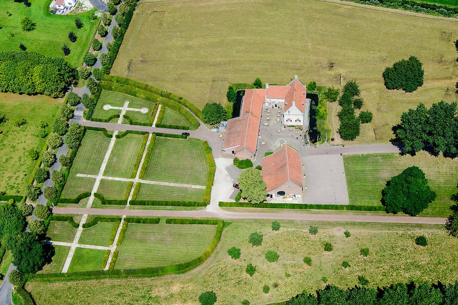 Nederland, Limburg, Gemeente  Maasgouw, 26-06-2014; Thorn, <br /> Kasteelhoeve De Grote Hegge. Versterkte boerderij, in gebruik als restaurant.<br /> luchtfoto (toeslag op standaard tarieven);<br /> aerial photo (additional fee required);<br /> copyright foto/photo Siebe Swart.
