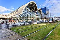 France, Loiret (45), Orléans, la gare SNCF et le tramway // France, Loiret, Orleans, the train station and tram
