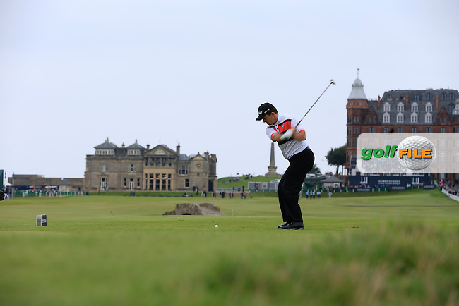 Greg Chalmers (AUS) on day two of the Alfred Dunhill links Championship Old Course, St Andrews, Fife, Scotland.<br /> Picture Fran Caffrey www.golffile.ie