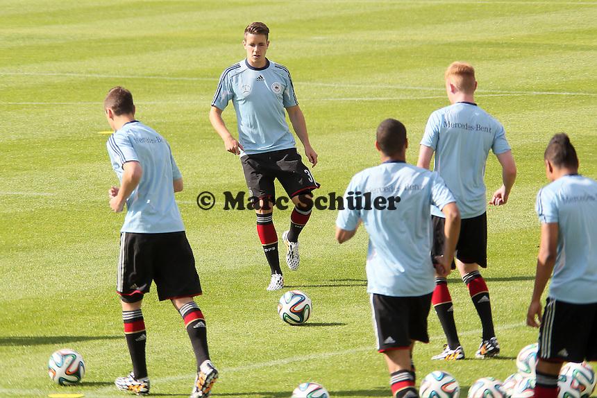 Christian Günter und die U20 kommen zum Testspiel - Testspiel der Deutschen Nationalmannschaft gegen die U20 zur WM-Vorbereitung in St. Martin
