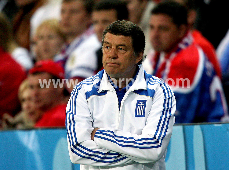 **ALL ROUND PICTURES FROM SOLARPIX.COM**.**SYNDICATION RIGHTS FOR UK AND SPAIN ONLY**.Euro 2008, European Championship 2008, Group C, Match 14, Greece vs Russia, Wals-Siezenheim Stadium, Salzburg, Austria. 14 June 2008. The match ended 1-0 for Russia..This pic: Otto Rehhagel..JOB REF: 6648 CPR/Ronny Hartmann    .DATE: 14_06_2008.**MUST CREDIT SOLARPIX.COM OR DOUBLE FEE WILL BE CHARGED* *UNDER NO CIRCUMSTANCES IS THIS IMAGE TO BE REPRODUCED FOR ANY ONLINE EDITION WITHOUT PRIOR PERMISSION*