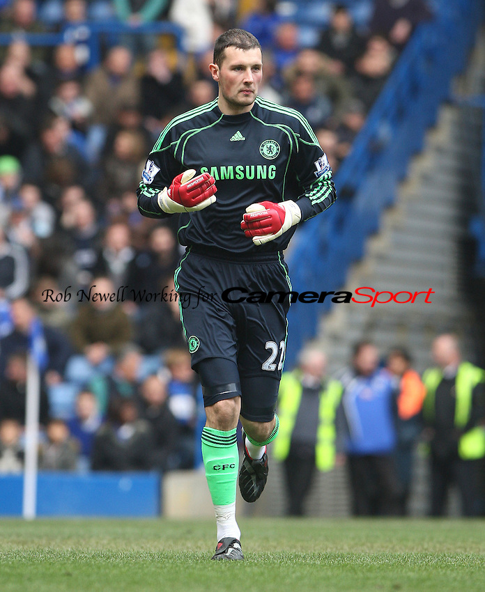 Ross Turnbull of Chelsea - Chelsea vs West Ham United, Barclays Premier League at Stamford Bridge, Chelsea - 13/03/10 - MANDATORY CREDIT: Rob Newell/TGSPHOTO - Self billing applies where appropriate - 0845 094 6026 - contact@tgsphoto.co.uk - NO UNPAID USE.