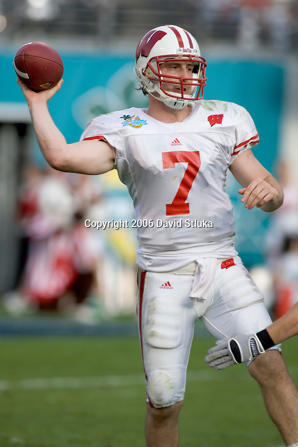ORLANDO, FL - JANUARY 2:  Quarterback John Stocco #7 of the Wisconsin Badgers throws a pass against the Auburn Tigers on January 2, 2006 at the Capital One Bowl in Orlando, Florida. The Badgers beat the Tigers 24-10. (Photo by David Stluka)