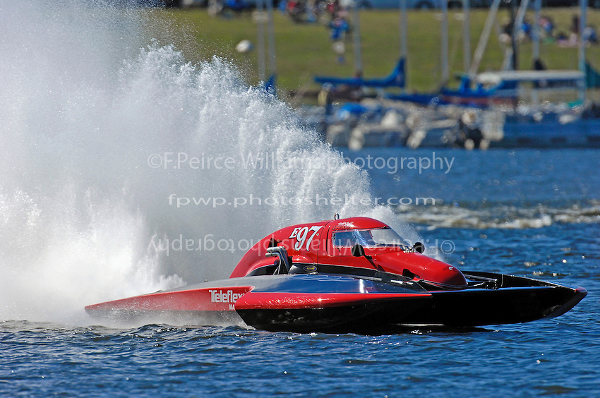 "Todd Liddycoat, E-97 ""Team Extreme"" (5 Litre class hydroplane(s)"