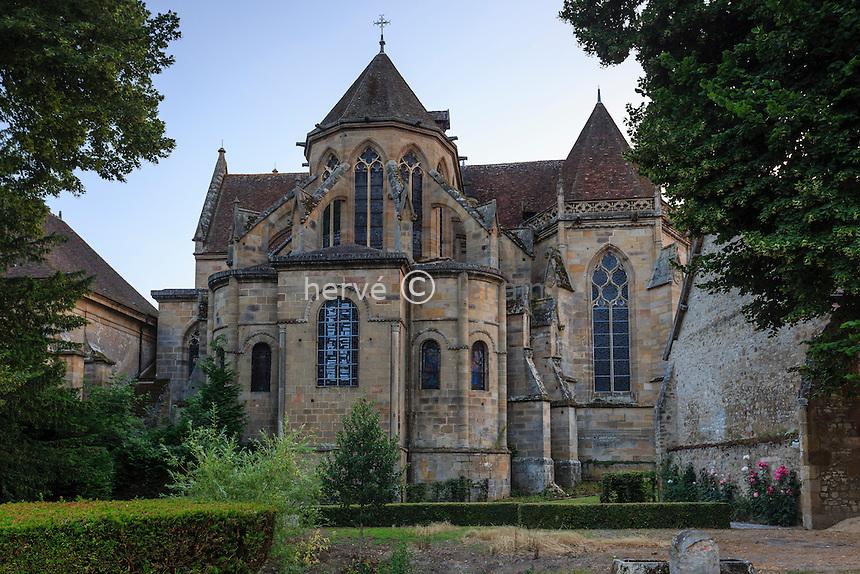 France, Allier (03), Souvigny, le chevet de l'église prieurale saint-Pierre et saint-Paul // France, Allier, Souvigny, saint Pierre and saint Paul church