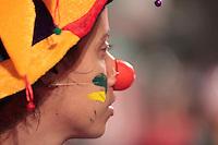 SÃO PAULO, SP - 04.07.2013: MANIFESTAÇÃO DOS PROFESSORES - Grupo de aproximadamente 150 professores fecham a Av Paulista sentido consolação com pedidos de melhores condições de trabalho na noite de 5 feira (4) em São Paulo. (Foto: Marcelo Brammer/Brazil Photo Press)