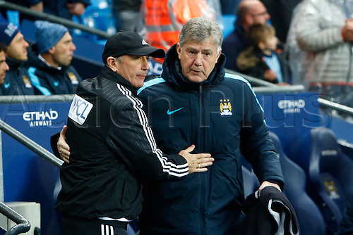 09.04.2016. The Emirates Stadium, Manchester, England. Barclays Premier League. Manchester City versus West Bromwich Albion. West Bromwich Albion head coach Tony Pulis and Manchester City assistant coach Brian Kidd in the technical area before the kick off.