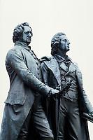Deutschland, Thüringen, Denkmal Goethe und Schiller in Weimar