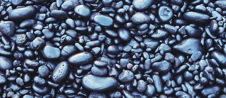 Black rock beach, Waianapanape State Park, Island of Maui, Hawaii 1995