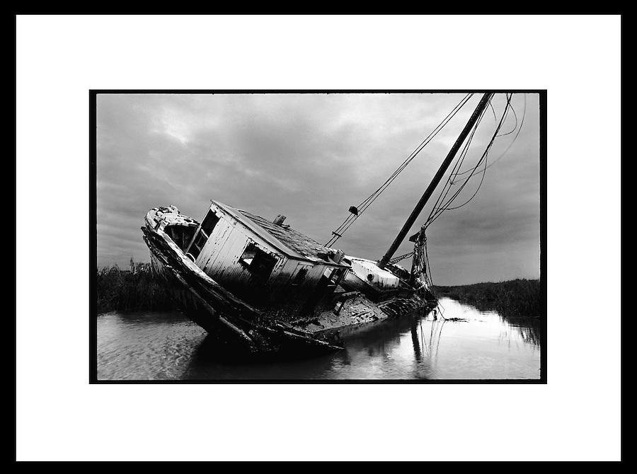 Sunken Boat, Georgia. © Andrew Shurtleff