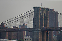 NOVA YORK, EUA, 27.08.2018 - TURISMO-EUA - Vista da ponte do Brooklyn na cidade de Nova York nos Estados Unidos nesta segunda-feira, 27.(Foto: William Volcov/Brazil Photo Press)