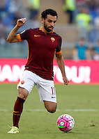 Calcio, Serie A: Roma vs Juventus. Roma, stadio Olimpico, 30 agosto 2015.<br /> Roma&rsquo;s Mohamed Salah in action during the Italian Serie A football match between Roma and Juventus at Rome's Olympic stadium, 30 August 2015.<br /> UPDATE IMAGES PRESS/Riccardo De Luca