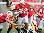 October 17, 2009: Wisconsin Badgers running back John Clay (32) carries the ball during an NCAA football game against the Iowa Hawkeyes at Camp Randall Stadium on October 17, 2009 in Madison, Wisconsin. The Hawkeyes won 20-10. (Photo by David Stluka)