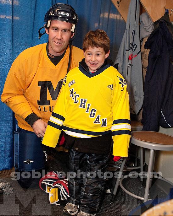 The University of Michigan Men's Hockey Alumni Game at the Big House on 12-09-10.
