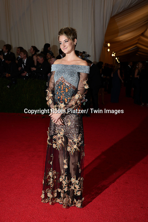 Shailene Woodley attends the Costume Institute Benefit on May 5, 2014 at the Metropolitan Museum of Art in New York City, NY, USA. The gala celebrated the opening of Charles James: Beyond Fashion and the new Anna Wintour Costume Center.