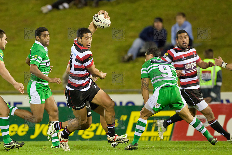 Tyrone Lefau steps back inside defender Aaron Smith. ITM Cup Championship Division Round 2 rugby game between Counties Manukau Steelers and Manawatu, played at Bayer Growers Stadium Pukekohe, on Wednesday July 20th 2011. Counties Manukau won the game 32 - 25 after leading 19 - 18 at halftime.