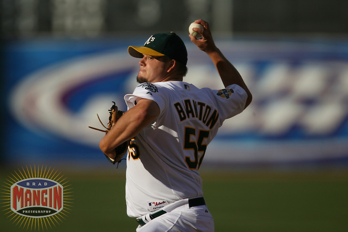 Joe Blanton. Baseball: Tampa Bay Devil Rays vs Oakland Athletics at McAfee Coliseum in Oakland, CA on August 12, 2006. Photo by Brad Mangin