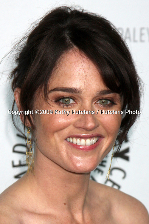 Robin Tunney arriving at the Mentalist  PaleyFest09 event on April 17 ,2009 at the ArcLight Theaters in Los Angeles, California..©2009 Kathy Hutchins / Hutchins Photo....                .