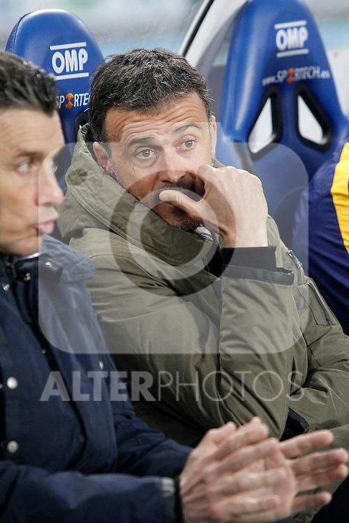 FC Barcelona's coach Luis Enrique Martinez with his second Juan Carlos Unzue during La Liga match. April 9,2016. (ALTERPHOTOS/Acero)