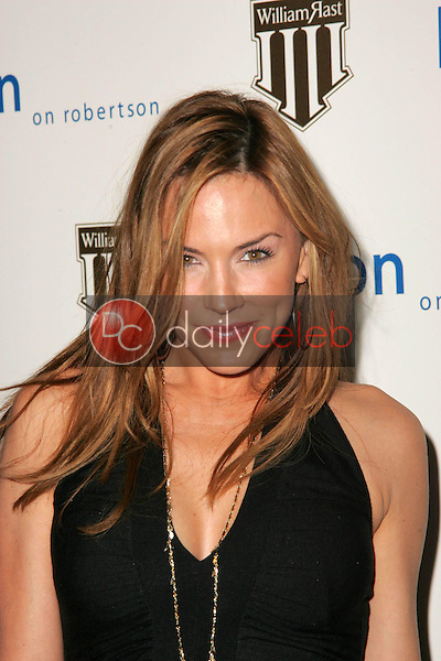 Krista Allen<br />at the William Rast Collection debut. Kitson, Los Angeles, CA. 11-10-05<br />Dave Edwards/DailyCeleb.com 818-249-4998