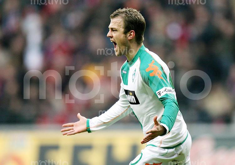 Fussball   1. Bundesliga   Saison 2006/2007   16. Spieltag Eintracht Frankfurt - SV Werder Bremen         Daniel JENSEN (Bremen) bejubelt seinen Treffer zum 1:2