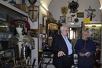 Roma, 14 Maggio 2014<br /> L'eurodeputato della Lega Nord Mario Borghezio visita il rione multietnico di Piazza Vittorio per la campagna elettorale per le Elezioni europee.<br /> Borghezio in una  storica bottega di coltelleria.<br /> The euro deputy of the Northern League Mario Borghezio visit the multi ethnic district of Piazza Vittorio to the electoral campaign for the European elections.<br /> Borghezio in a historic workshop of cutlery.