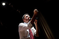 Lodi: Matteo Renzi durante il suo discorso a Lodi, per la sua campagna elettorale per le primarie del PD.